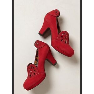 Anthro Miss L-Fire Delilah Heart Pumps Heels Retro